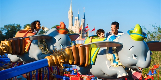 US$1849 – Disney World: 6 Nights w/7-Day Park Tickets for 4