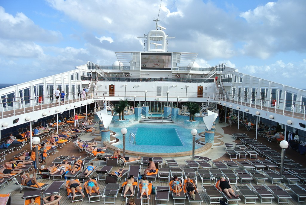 MSC Cruises Review – MSC Poesia – Southern Caribbean Cruise